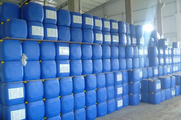 hóa chất tẩy rửa vệ sinh công nghiệp