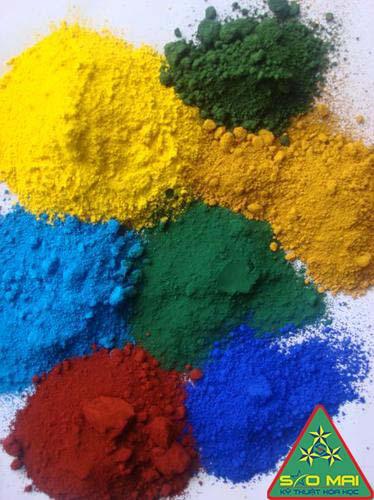 Tìm hiểu về những tác dụng của oxit sắt trong ngành gốm
